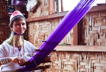 Meet the Longneck Women of Myanmar