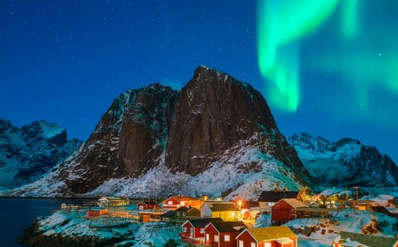 A Show of Norwegian Lights